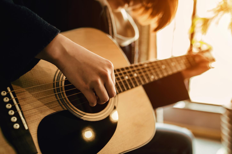 Các bước học đàn Guitar đơn giản tại nhà - Dạy đàn guitar tại nhà