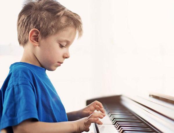 Bật mí: Học đàn Organ bao lâu thì đánh được?