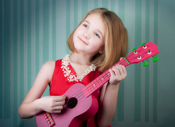 Những khó khăn khi trẻ học chơi đàn guitar