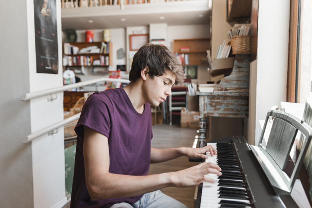 Lợi ích của việc học piano