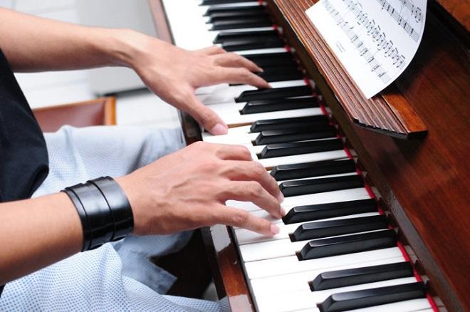 Piano là cây đàn lớn nhất trong những loại nhạc cụ