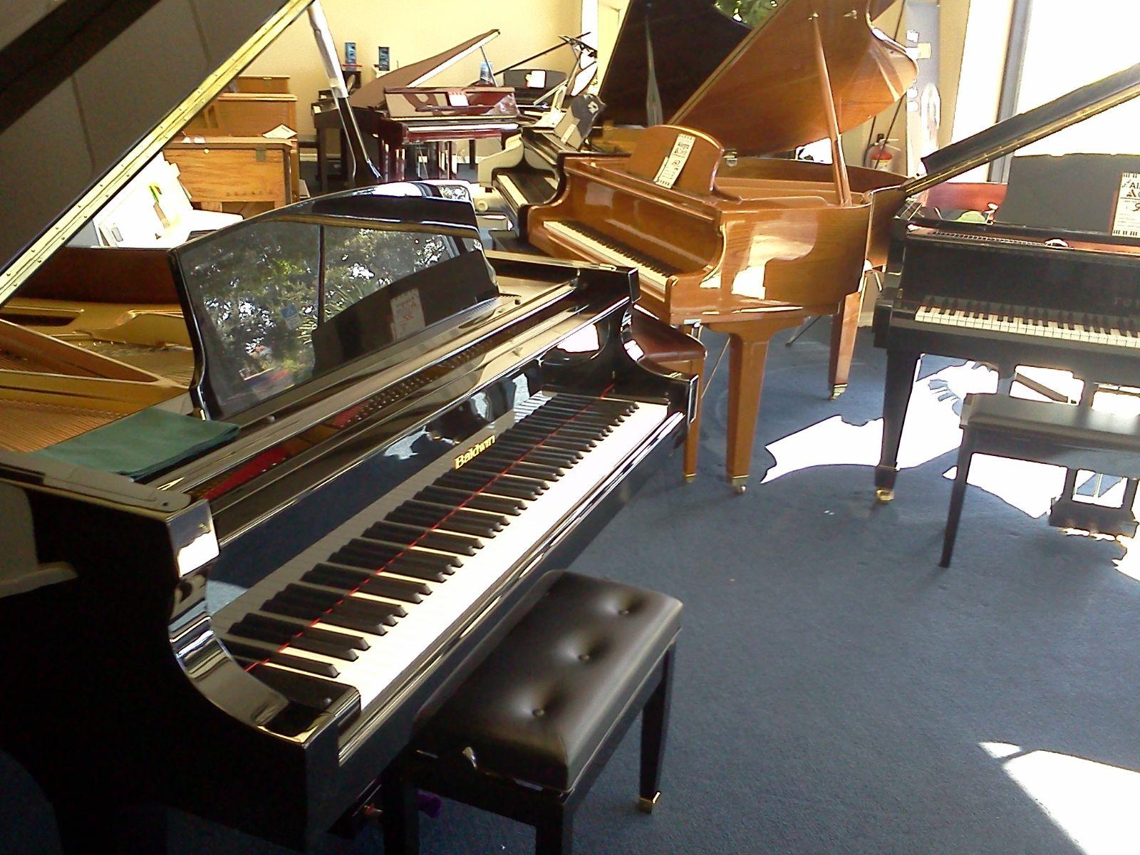 Nhaccuplus.com cam kết chất lượng đàn Piano cũ