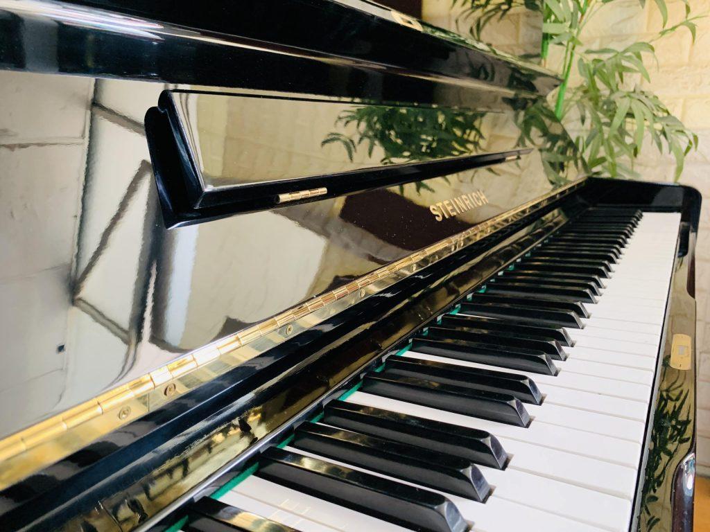 Ưu điểm khi mua đàn piano giá rẻ bạn cần biết