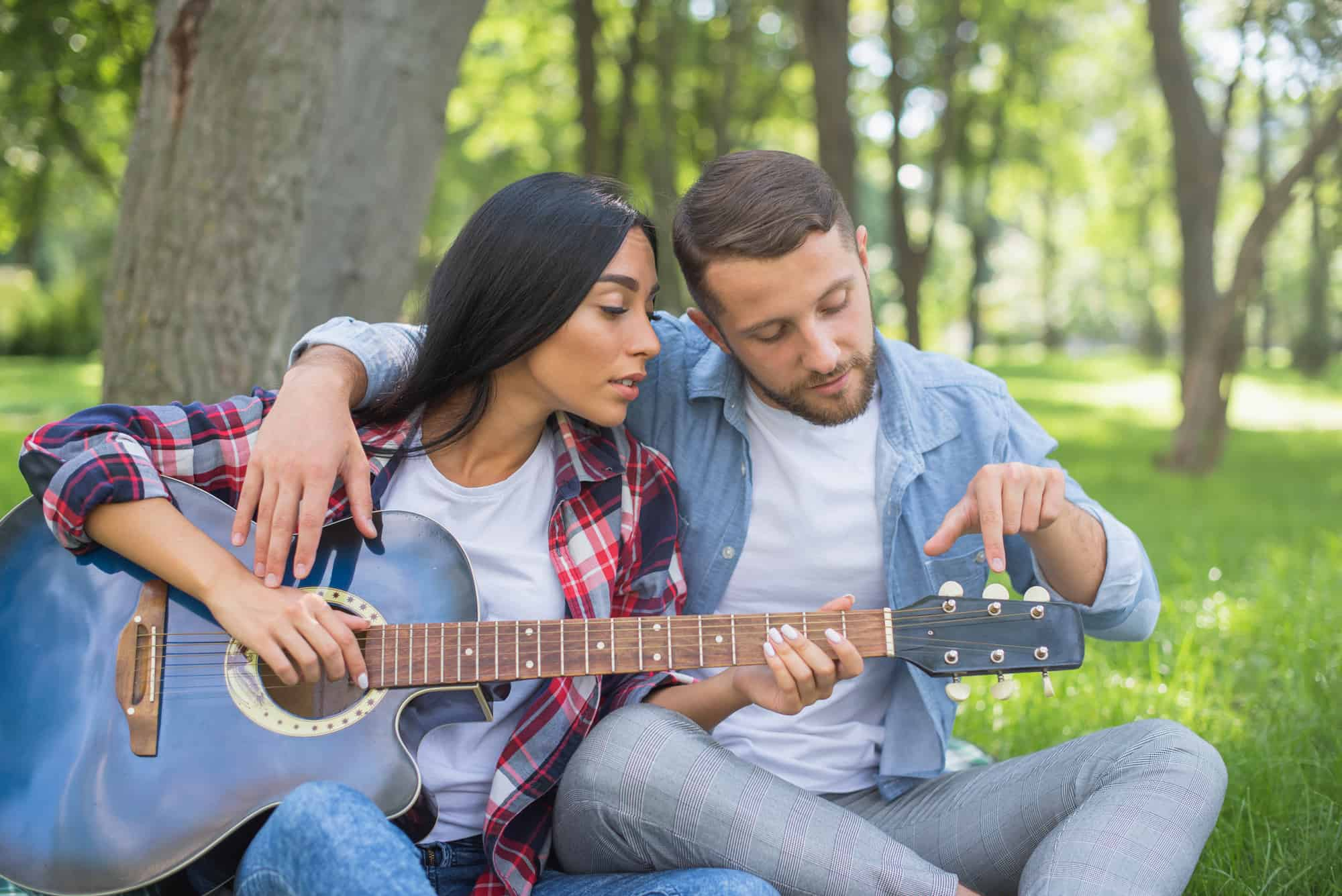 How Long Does It Take to Learn Guitar: Tips and Tricks to Learn Faster